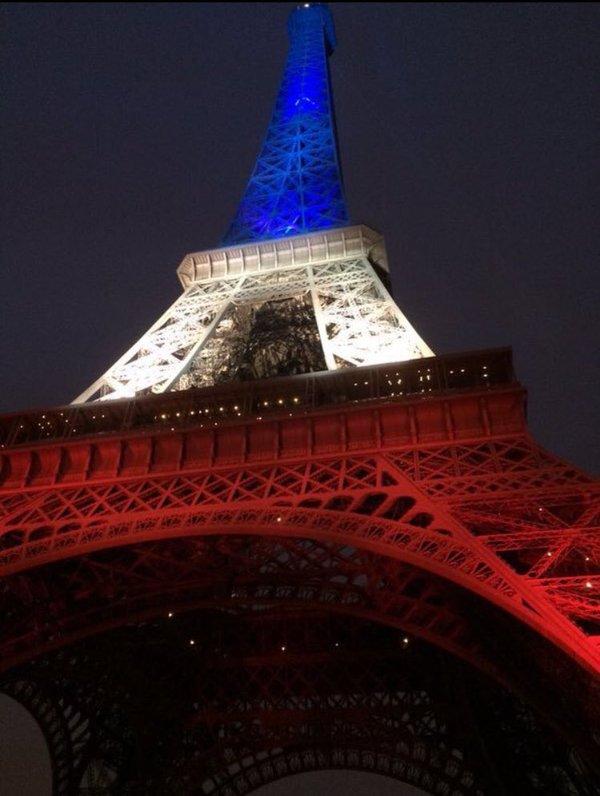 Toutes nos pensées aux victimes des attentats, à leurs familles et à l'ensemble des parisiens.